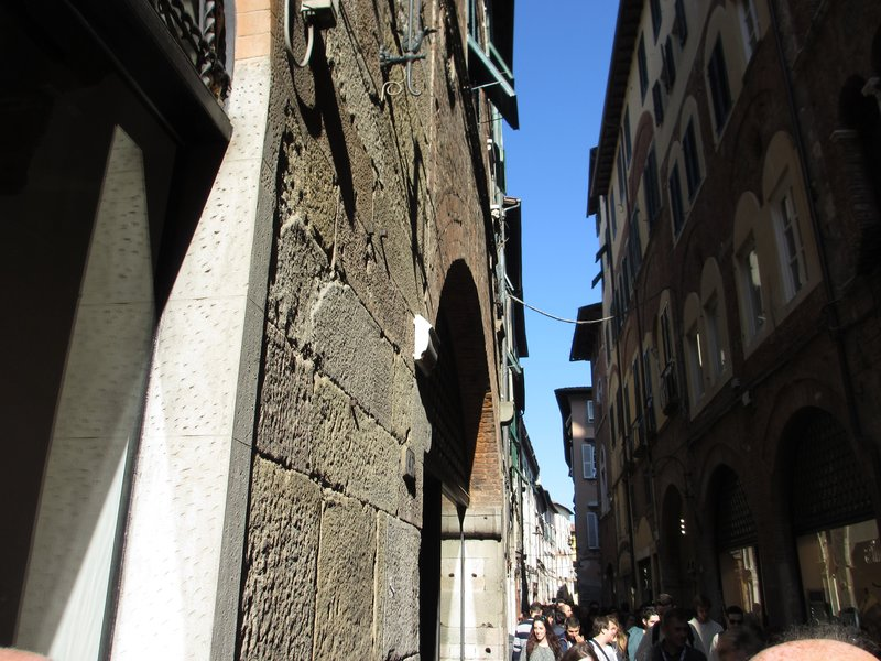Lucca street view
