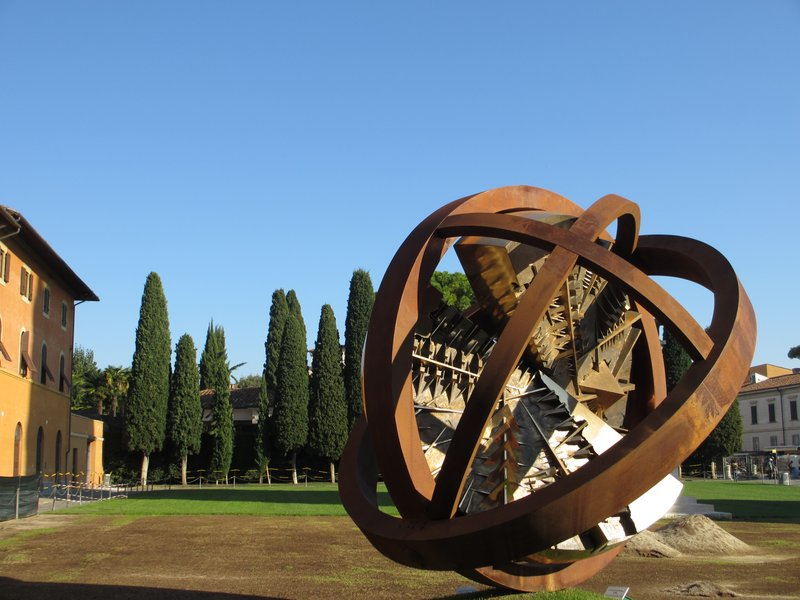 Modern art sculpture, Pisa