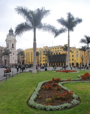 Lima - Plaza De Armas (2)
