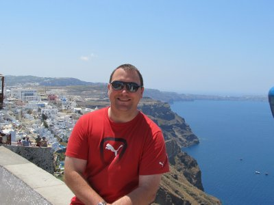 Taking a break on the cliff walk to Fira