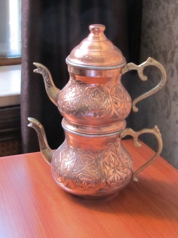 Tea pot set - as all shop owners say, I give good price, and this price was close enough