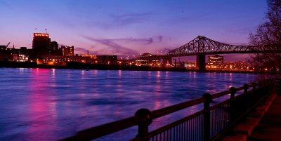 Jacques Cartier bridge and St-Laurent River