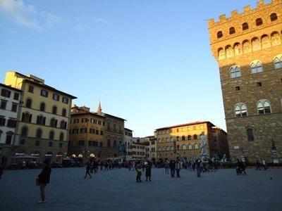 5_piazza_dela_signora.jpg