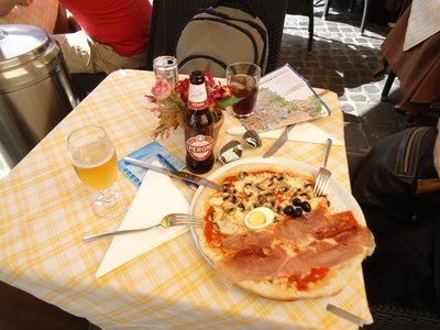 dia_3_-_3_primeira_pizza.jpg