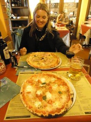 pizza_na_grotta_di_leo.jpg