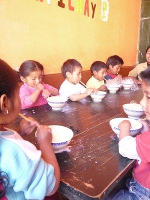 Kids at Cunas Urpichas