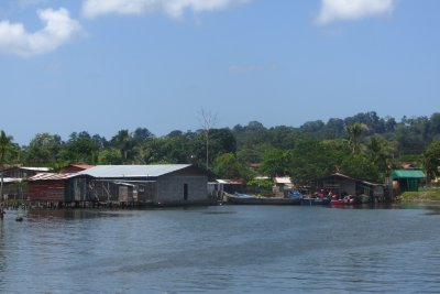 Bocas is prachtig gelegen.