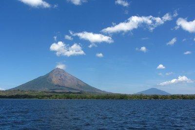 Isla de Ometepe bestaat uit 2 vulkanen.