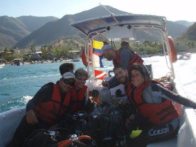 Harry, onze instructor Carlos, Thijs en Veerle