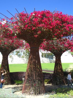 the base of these trees/flowers is actually made from metal rods