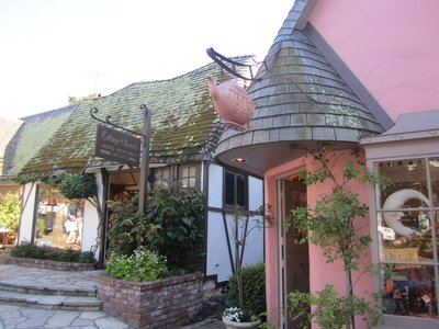 cutesy village shops in carmel-by-the-sea