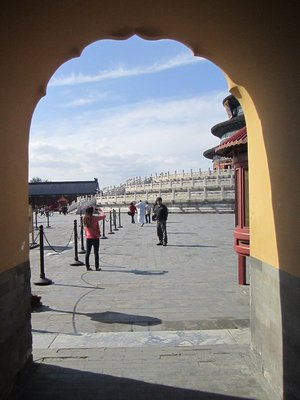 walking to the temple of heaven