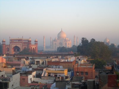 Looking over the shantyesque rooftops to the magnificent Taj