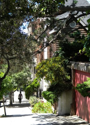 A sidewalk in San Francisco
