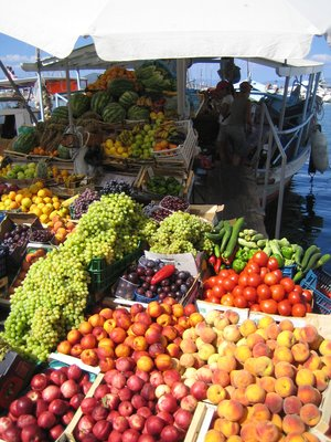 Fruit selling boat in Aegina