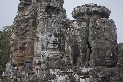 Buddha heads (last time, I promise)