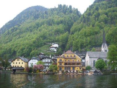 Hallstatt approach by ferry