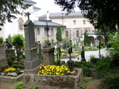 TSOM - the cemetery where the Von Trapps hide at the end