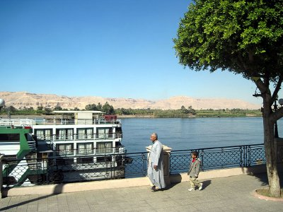 Nile-river-in-Luxor-8777