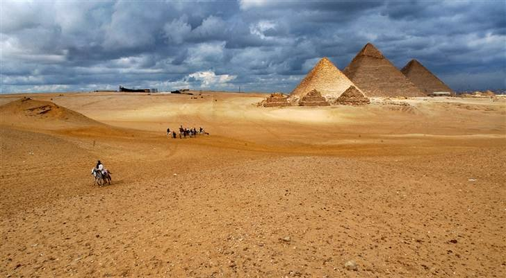 ss-090414-egypt-travel-04_grid-9x2