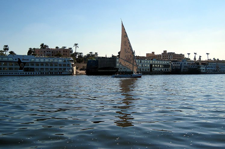 Luxor-Nile-river-8782