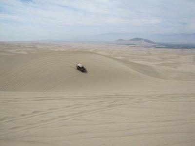 Huacachina_dunes__18_.jpg