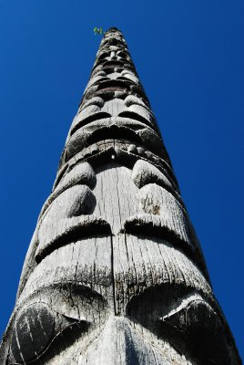Totem_Pole.._Rupert.jpg