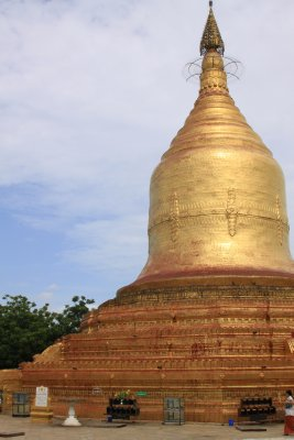 Our first striking gold stupa on the banks of the Ayeyarwady