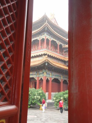Peeking through doors at the Lama Temple