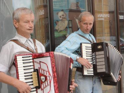 Old Town Buskers...young at heart!