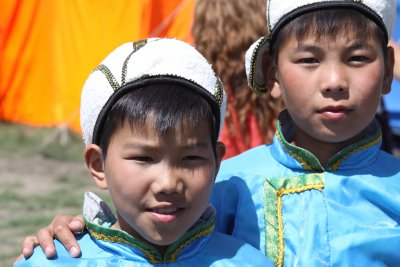 School children in traditional dress
