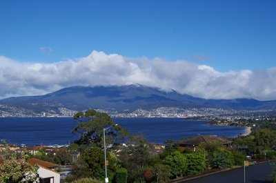 Snow on Mt Wellington - we came home too early!