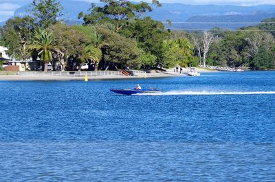 V8 speedboat on Tallebudgera Creek.