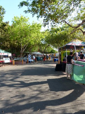 Mindil Beach Market ....before the crowds