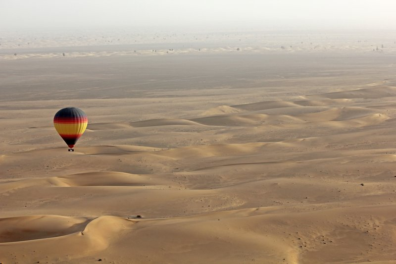 large_Balloon_ov.._desert.jpg