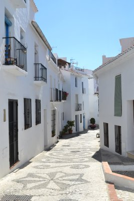 Frigiliana - white washed streets