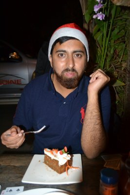 Sully with xmas carrot cake in Pai