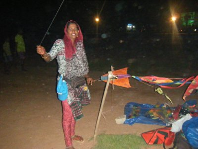 Lady selling kites at Galle Face Green