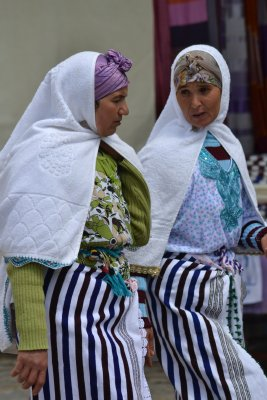 Chefchaouen ladies