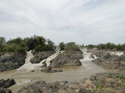 Chutes d eau sur le Mekhong !!!