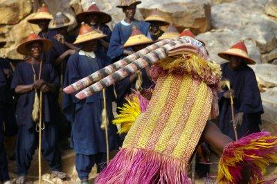 Toyota Of The Desert >> The Funeral Masquerade Dance of the Dogon, Mali - Ramdas Iyer's- World Traveller Blogs