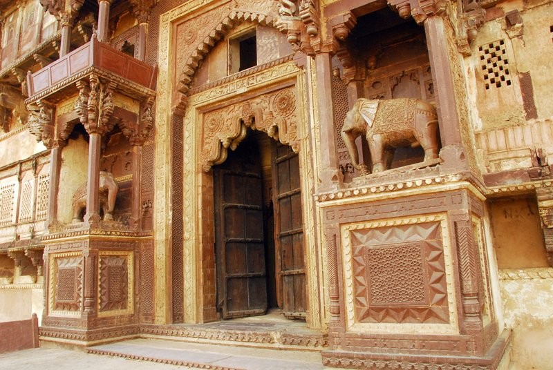 Doorway,Orchha Palace, India
