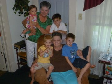 Mom and MaMa with (great) grandchildren