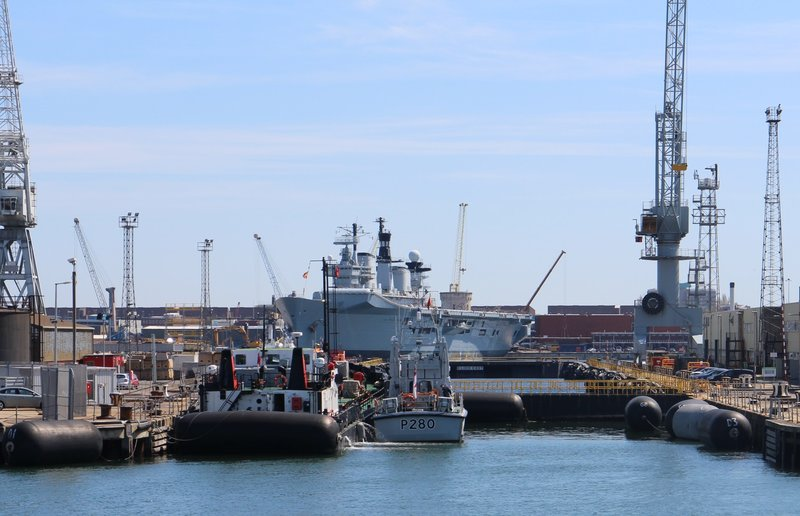 Dockyard cruise