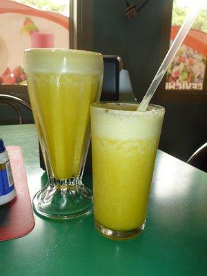 Delicious Fresh Pineapple Juice