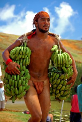 Rapanui Tapati Triathlon (Banana carrying leg)
