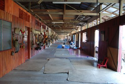 sarawak_longhouse.jpg
