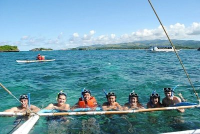 Snorkeling stop during a motorboat tour of the islands