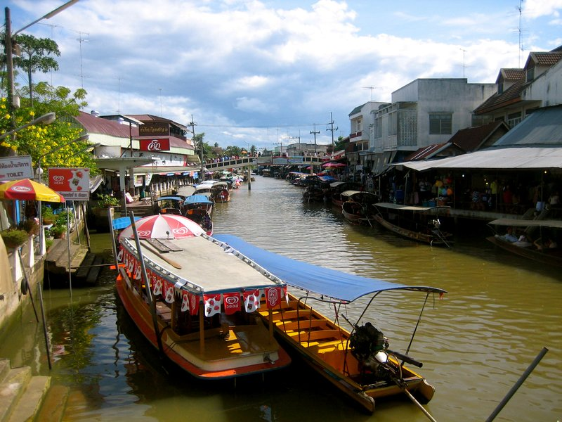 Beautiful Amphawa! We conquered all this in a night and a day.