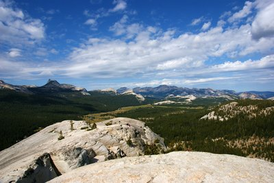 Looking westwards from top of the Lambert Dome, Yosemite Park, California